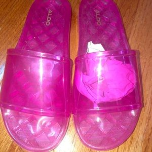NEW ALDO pink jelly summer slides!
